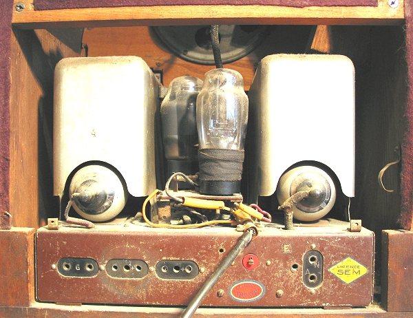 Nora W320L achterkant